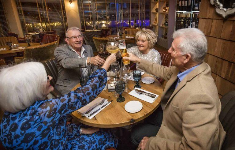 4-restaurant-toasting